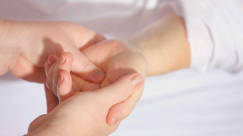 Käsihoito